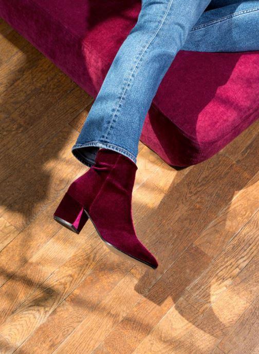 Bottines et boots Georgia Rose Eveludo Bordeaux vue bas / vue portée sac