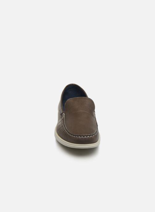 Mocassins TBS Fregate Gris vue portées chaussures