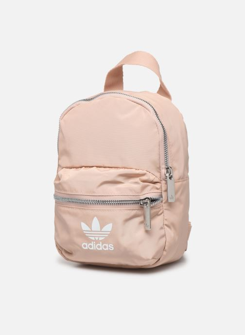 Mochilas adidas originals BP MINI Rosa vista del modelo