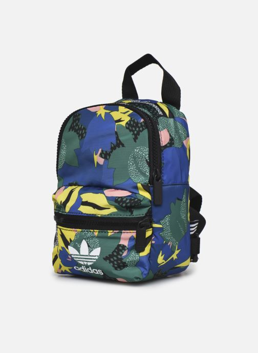 Mochilas adidas originals BP MINI Multicolor vista del modelo