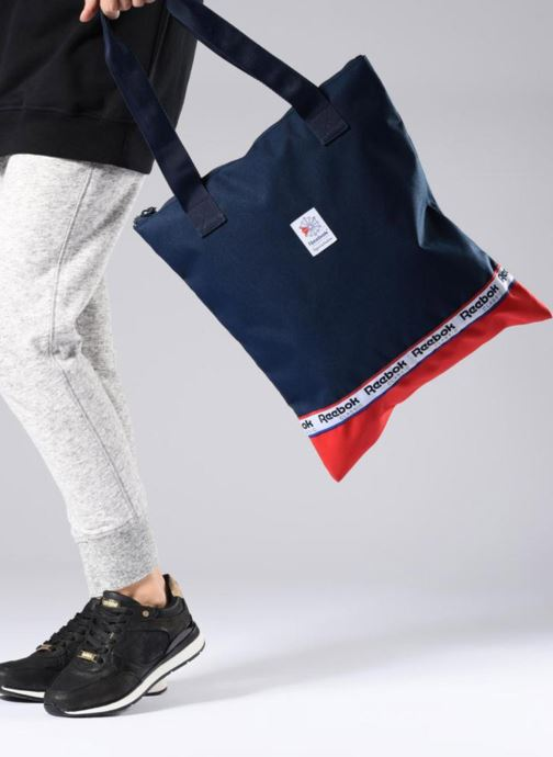 Handbags Reebok CL Womens Graphic t Blue view from underneath / model view