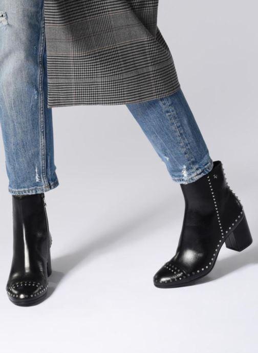 Stiefeletten & Boots Zadig & Voltaire Lena Clous schwarz ansicht von unten / tasche getragen