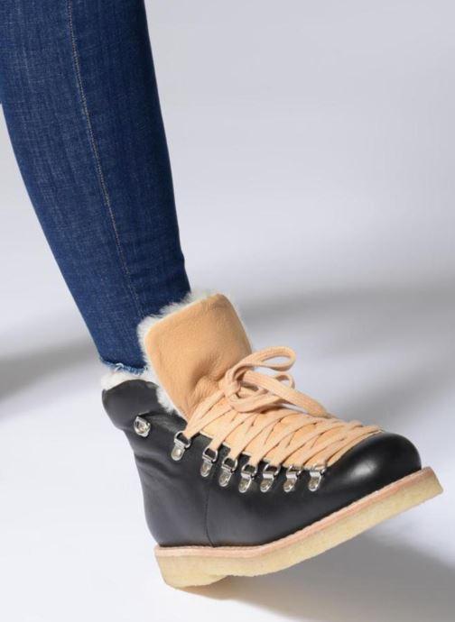 Stiefeletten & Boots Another Project Billie schwarz ansicht von unten / tasche getragen