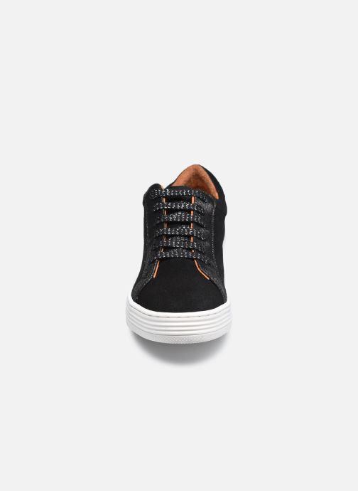 Sneaker Georgia Rose Gloriana schwarz schuhe getragen