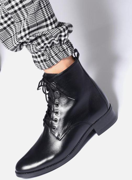 Bottines et boots Georgia Rose Anconia Noir vue bas / vue portée sac