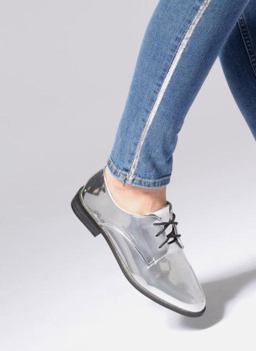 Chaussures à lacets I Love Shoes CLEMINA Noir vue bas / vue portée sac