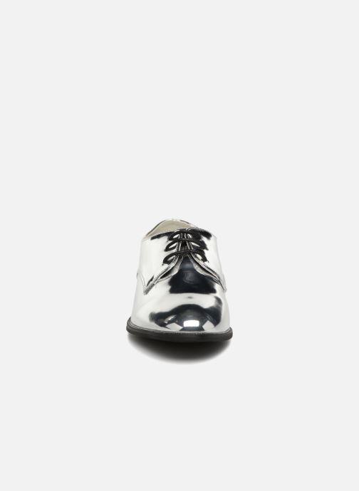 Schnürschuhe I Love Shoes CLEMINA silber schuhe getragen