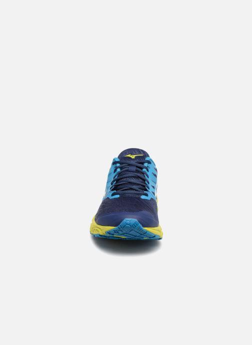 Chaussures de sport Mizuno Wave Prodigy 2 Bleu vue portées chaussures