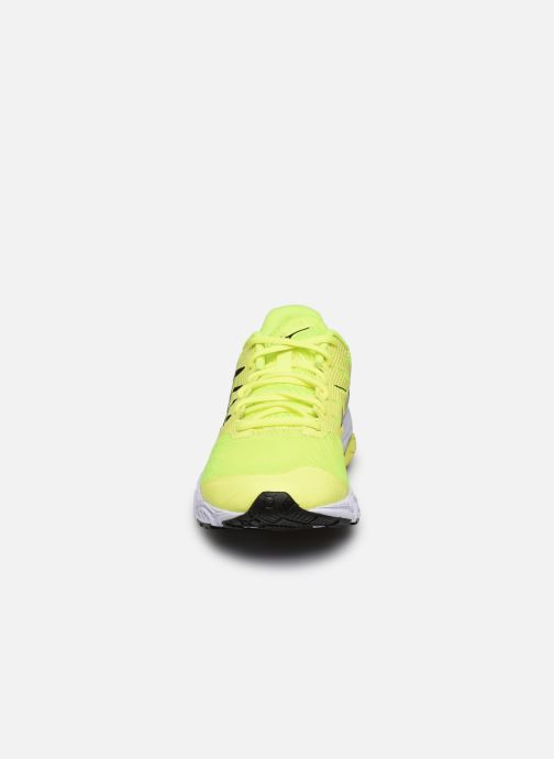 Zapatillas de deporte Mizuno Wave Prodigy 2 Amarillo vista del modelo