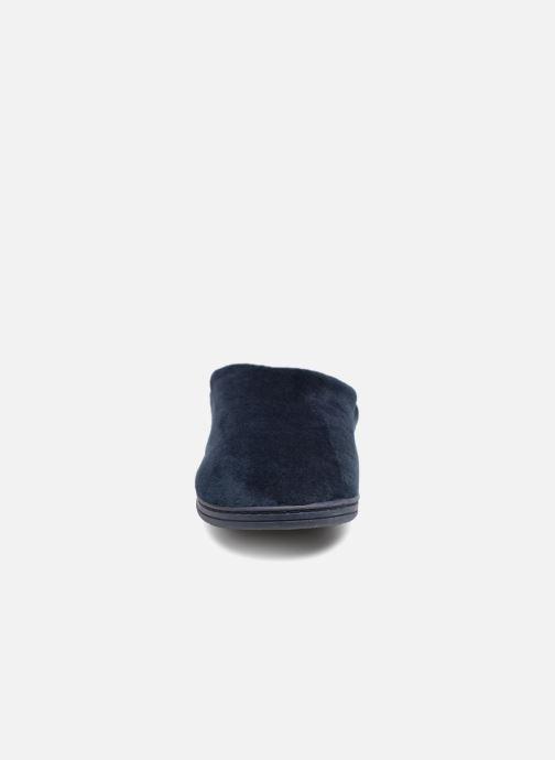 Pantofole Dim D LICE C Azzurro modello indossato