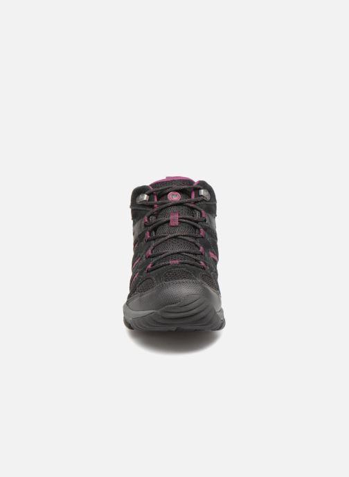 Chaussures de sport Merrell OUTMOST MID VENT GTX W Noir vue portées chaussures