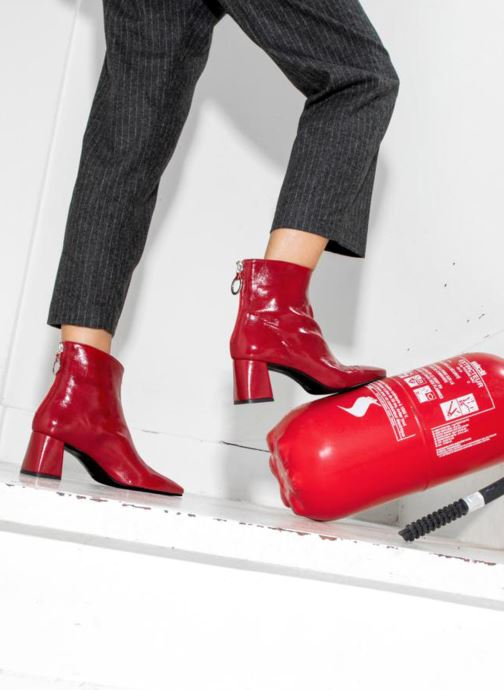 Ankle boots Made by SARENZA Busy Girl Bottines à Talons #2 Red view from underneath / model view