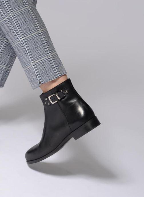 Bottines et boots Georgia Rose Sowesta Noir vue bas / vue portée sac