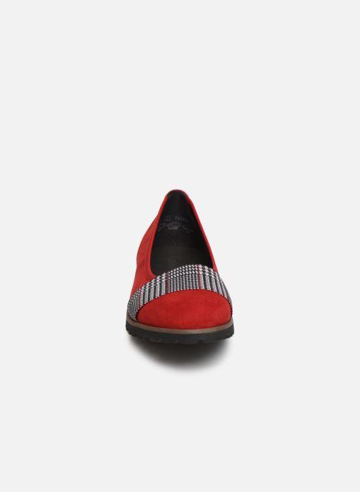 Ballerines Gabor Eveline Rouge vue portées chaussures