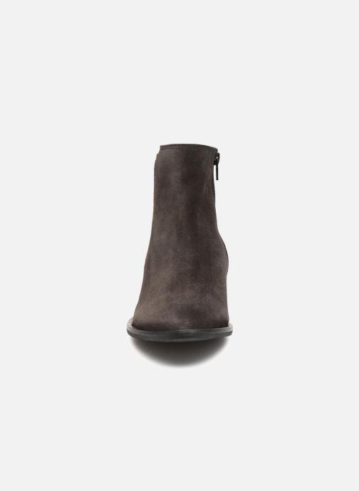 Bottines et boots Gabor Luna Gris vue portées chaussures
