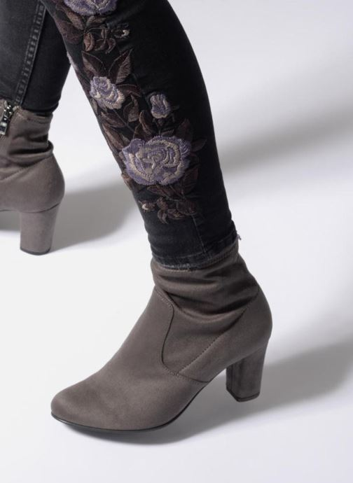 Stiefeletten & Boots Caprice Jilian grau ansicht von unten / tasche getragen