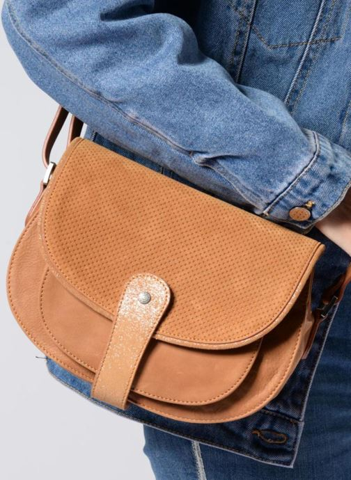 Handtaschen Sabrina LUCE schwarz ansicht von unten / tasche getragen