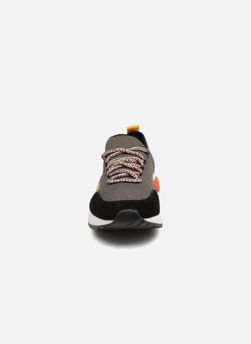 Baskets Diesel SKB S-KBY Vert vue portées chaussures
