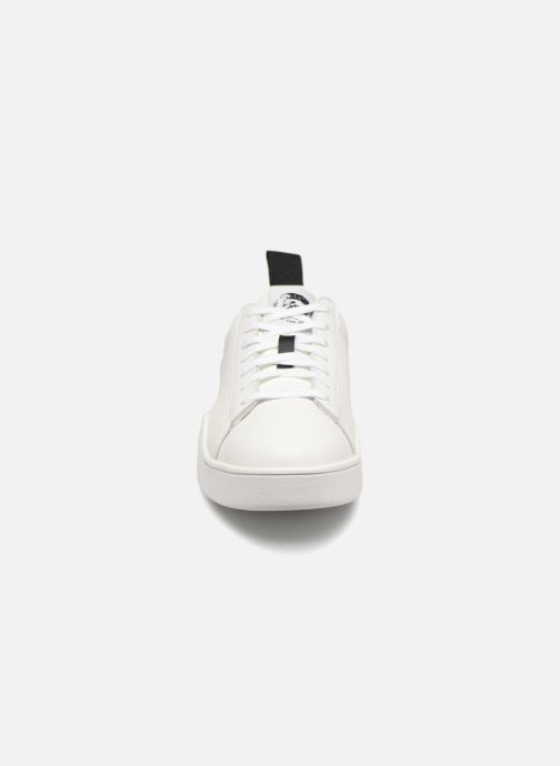 Baskets Diesel CLEVER S-CLEVER LOW Blanc vue portées chaussures