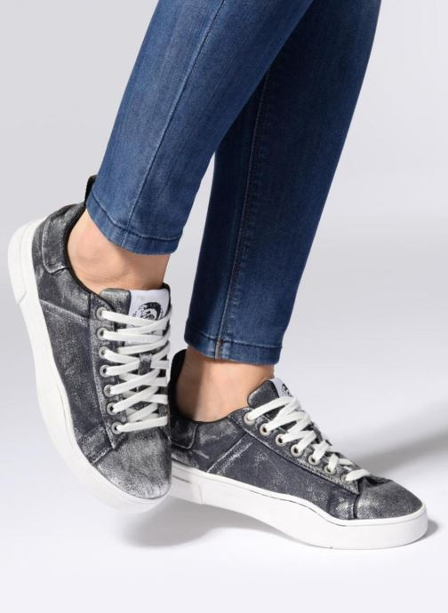 Trainers Diesel CLEVER S-CLEVER LOW W Silver view from underneath / model view
