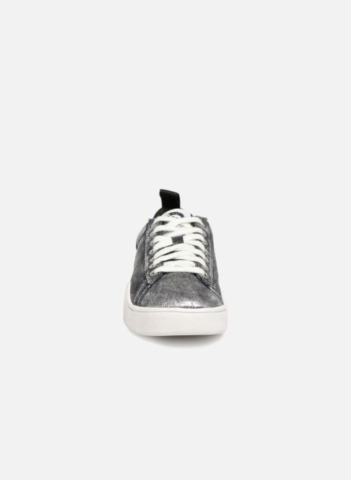 Sneakers Diesel CLEVER S-CLEVER LOW W Argento modello indossato
