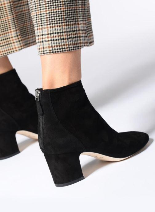 Bottines et boots L.K. Bennett Alyss Noir vue bas / vue portée sac