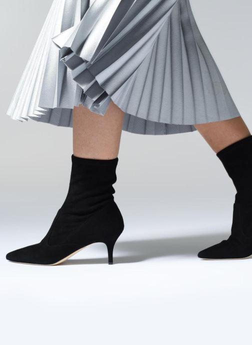 Bottines et boots L.K. Bennett Lou Noir vue bas / vue portée sac