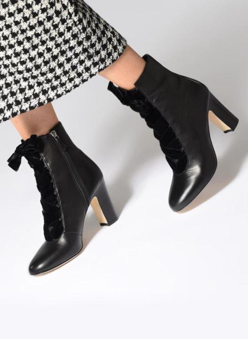Bottines et boots L.K. Bennett Maxine Noir vue bas / vue portée sac