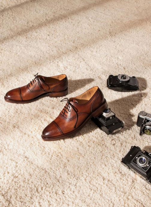 Lace-up shoes Marvin&Co Luxe Walsham - Cousu Goodyear Brown view from underneath / model view