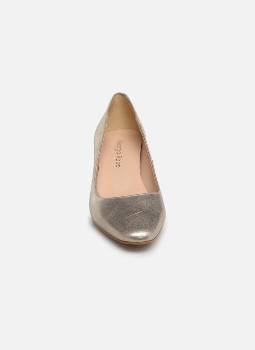 Zapatos de tacón Georgia Rose Satrot Oro y bronce vista del modelo