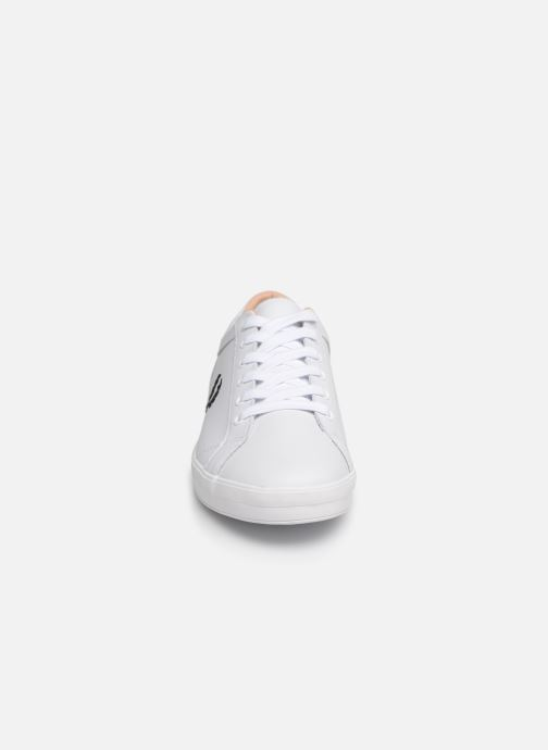 Baskets Fred Perry Baseline Leather Blanc vue portées chaussures