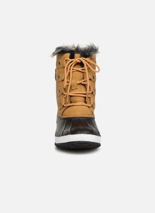 Sport shoes Kimberfeel NITA Beige model view
