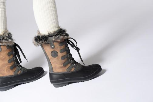 Chaussures de sport Kimberfeel ODESSA Marron vue bas / vue portée sac