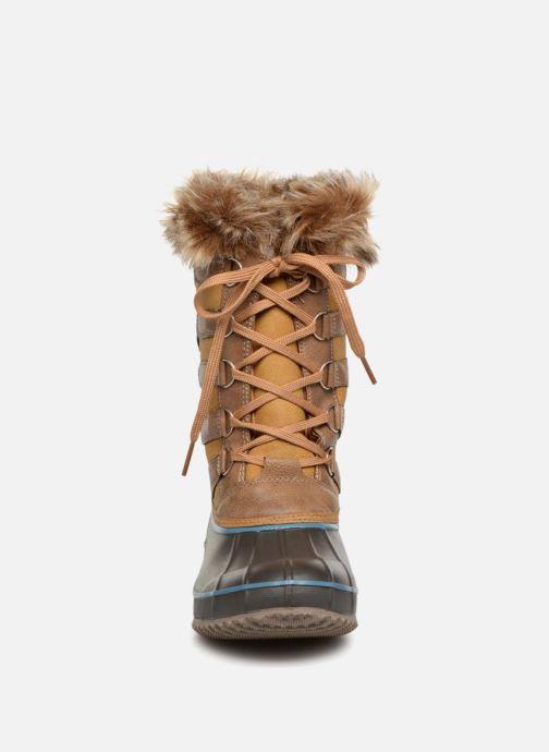 Zapatillas de deporte Kimberfeel ODESSA Beige vista del modelo