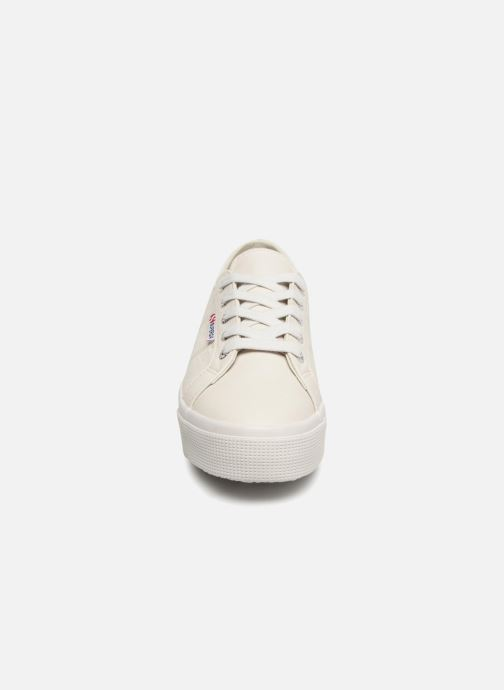 Baskets Superga 2730 Nappa Lea U Blanc vue portées chaussures