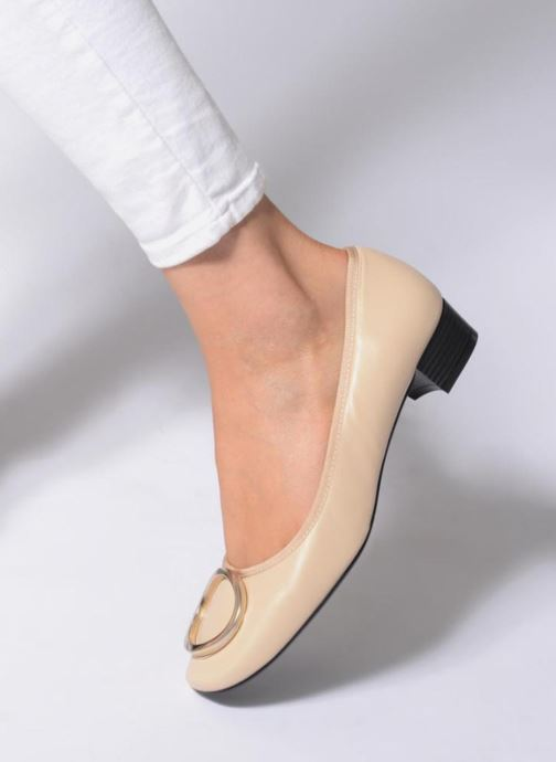 Ballet pumps Georgia Rose Sercla soft Beige view from underneath / model view