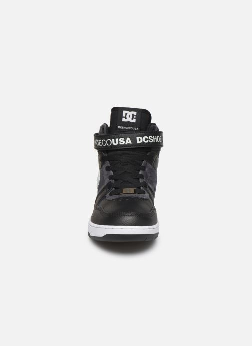 Sneakers DC Shoes Pensford Se Nero modello indossato