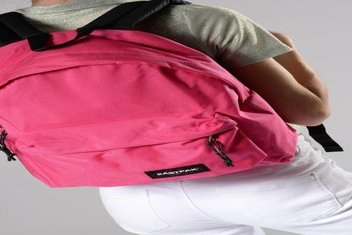 Sacs à dos Eastpak PADDED PAK'R Multicolore vue bas / vue portée sac