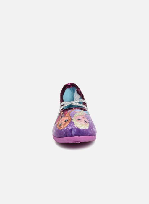 Pantofole Frozen Septante Viola modello indossato