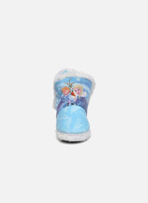 Pantofole Frozen Sabeline Azzurro modello indossato