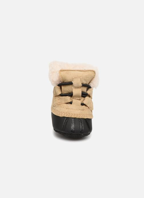 Chaussons Sorel Caribootie Beige vue portées chaussures