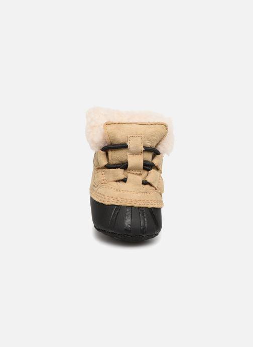 Pantofole Sorel Caribootie Beige modello indossato