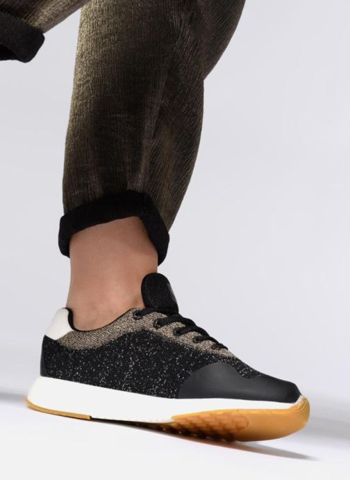 Trainers Pepe jeans KOKO SAND Black view from underneath / model view