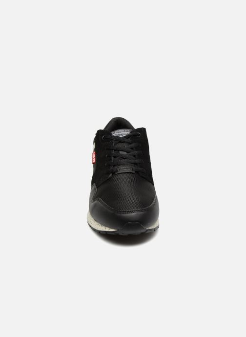 Sneaker Levi's Ny Runner 2.0 schwarz schuhe getragen