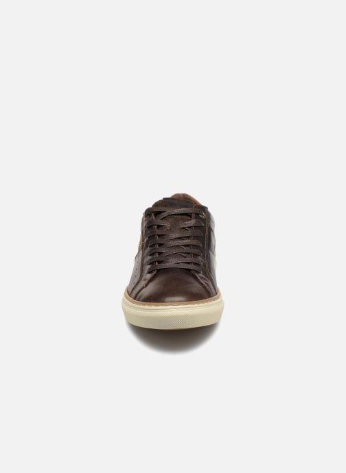 Sneaker Levi's Baker braun schuhe getragen