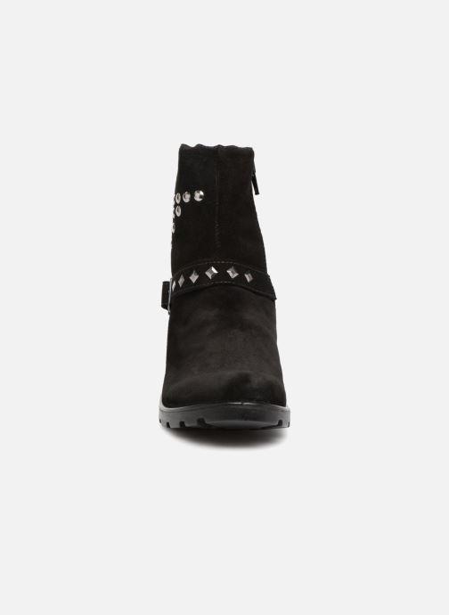 Bottes Ricosta Riva-tex Noir vue portées chaussures