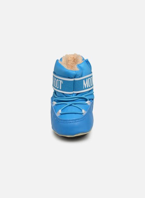 Chaussures de sport Moon Boot Moon Boot Crib 2 Bleu vue portées chaussures