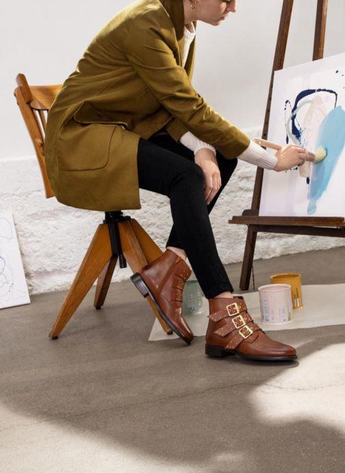 Stiefeletten & Boots Georgia Rose Clarissa braun ansicht von unten / tasche getragen