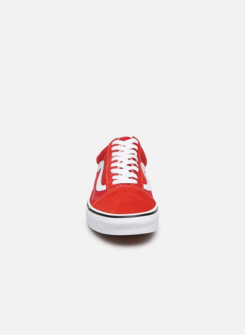 Baskets Vans Old Skool M Rouge vue portées chaussures