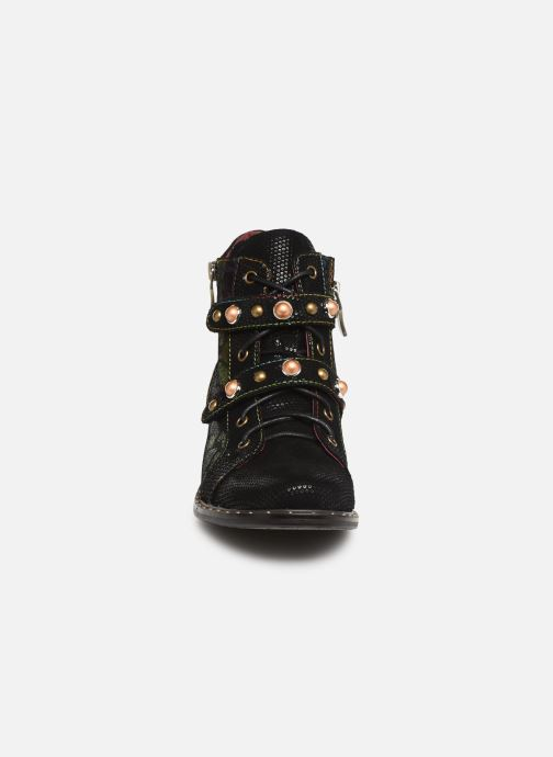 Ankle boots Laura Vita Emma 02 Multicolor model view